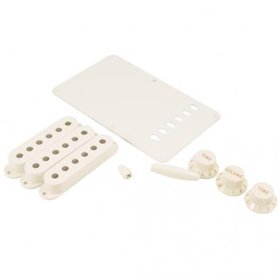 Fender® Stratocaster® Accessory Kit White