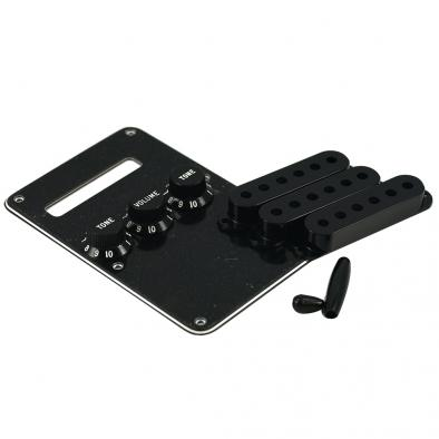 Fender Stratocaster Accessory Kit Black